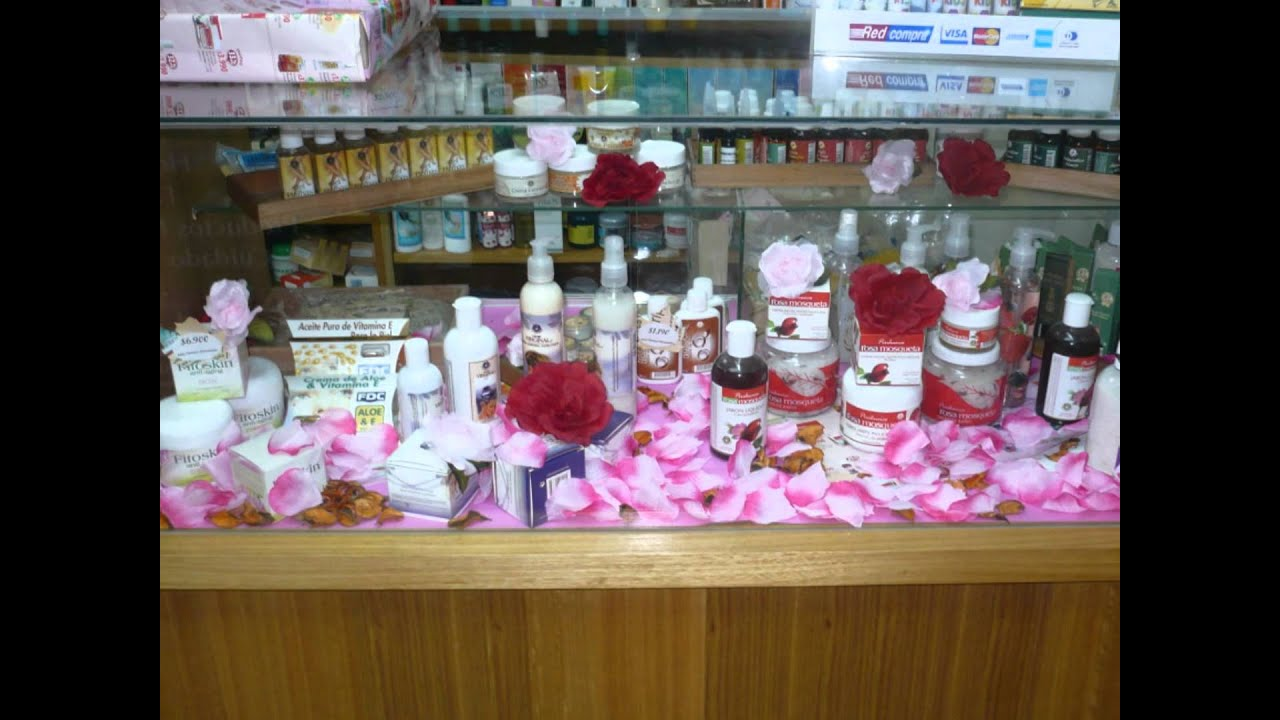 Concurso vitrinas local 01 youtube for Decoracion de farmacias