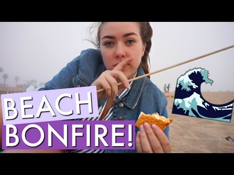 BONFIRE ON HUNTINGTON BEACH WITH FRIENDS! | Kenzie Borowski