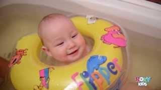 Плаваем и поем! Музыкальный круг на шею для купания малышей FLIPPER