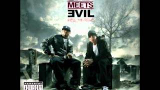 09-Royce Da 5′9″ Ft. Eminem - Loud Noises (Prod. by Mr. Porter) album Bad meets evil 2011.wmv