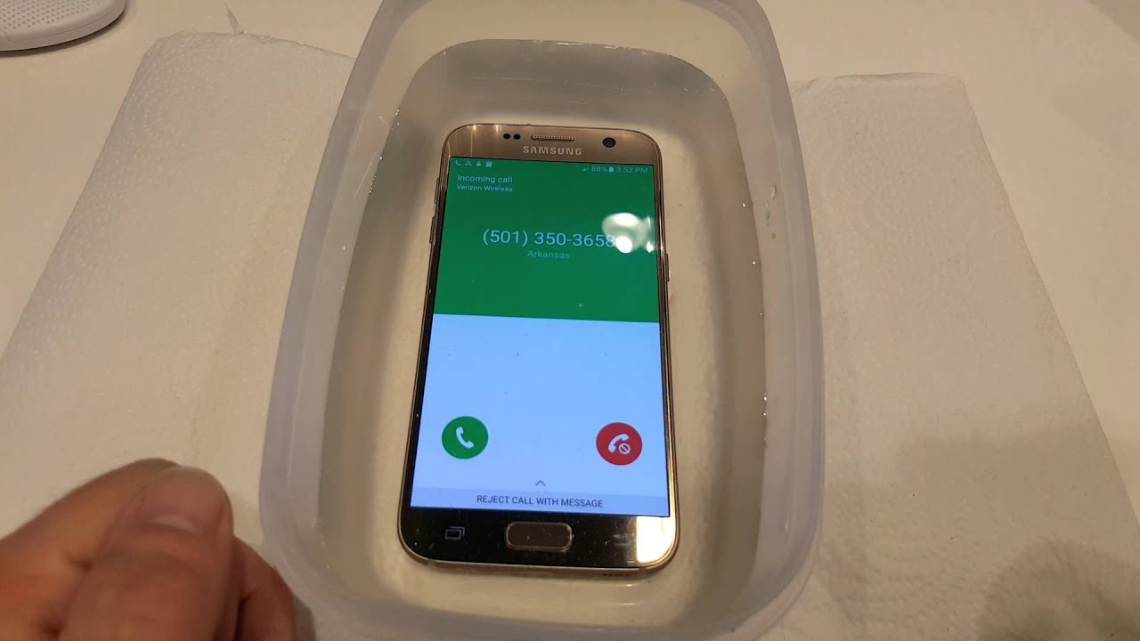 new product 6abcc 8ae76 Verizon let the desk put the new Samsung S7 Edge to the test