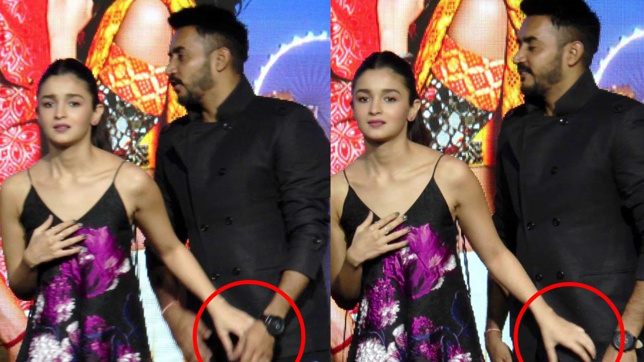 Alia Bhatt Oops Moment and WARDROBE MALFUNCTION In …