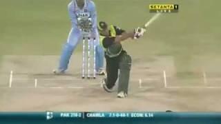 Younis Khan - 123* vs India thumbnail