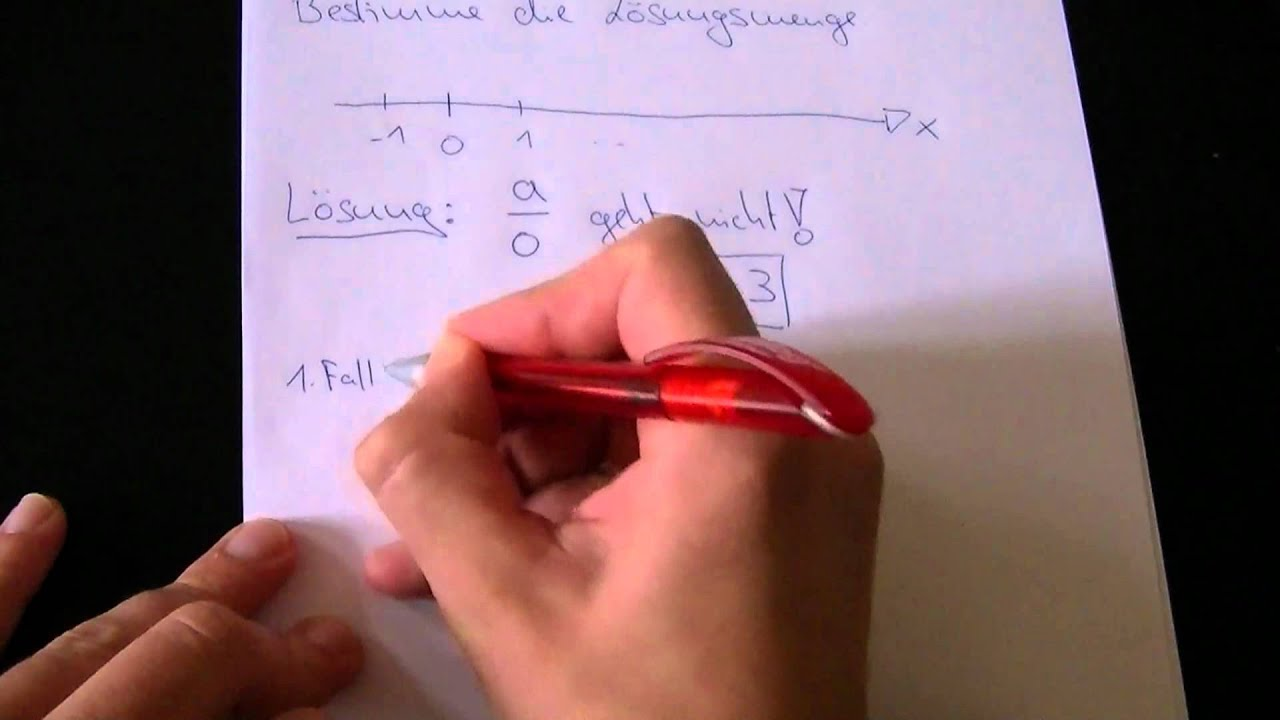 Lösungsmenge einer Ungleichung bestimmen - YouTube