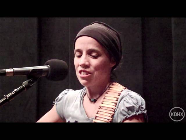"Gina Holsopple ""Love Letter"" Live at KDHX 9/11/11"