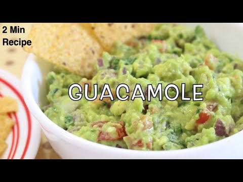Fresh Homemade Guacamole (Authentic Mexican Guacamole Recipe)
