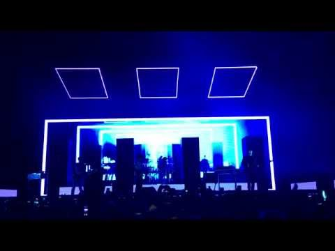 Robbers - The 1975 ( Live at Hisense Arena, Melbourne 24/07/2016)