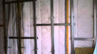 Звукоизоляция стены мембраной TECSOUND(, 2011-03-09T16:35:24.000Z)