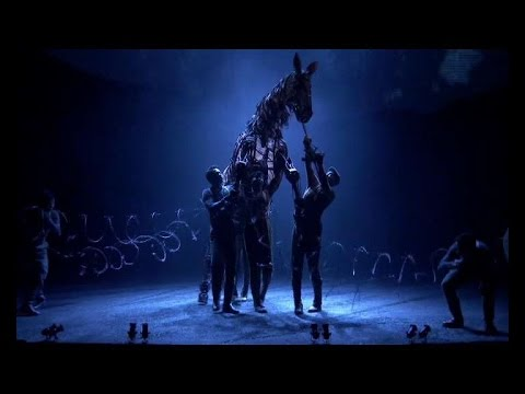 "Chinese version of ""War Horse"" hits stage in Shanghai"