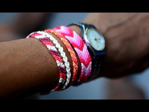 diy-friendship-bracelet-|-striped-or-solid