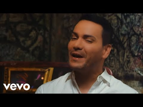 Víctor Manuelle - Mala y Peligrosa (Official Video) ft. Bad