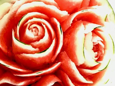 Rose Carving from watermelon(กุหลาบเถาว์)