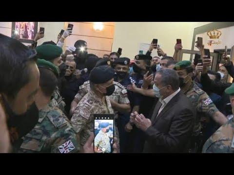 الملك عبدالله في مستشفى السلط الان