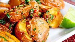 Семья Бровченко. Рецепт запеченной на костре картошки в фольге с салом и луком (чесноком).