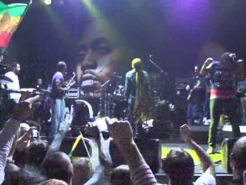 Nas & Damian Marley live in Dublin, 2010