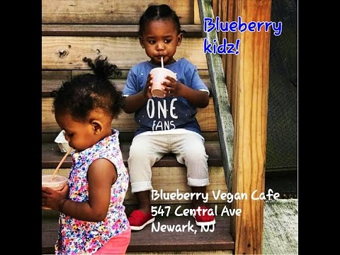 My REVIEW of 100% BLACK OWNED Blueberry Cafe, Newark, NJ!!!