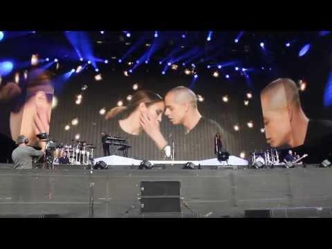 Jennifer Lopez - Baby I Love You (interlude) LONDON HYDE PARK