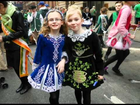 irish dance music essay A brief history of irish stepdancing historical information taken from the book a handbook of irish dances : with an essay on irish traditional dance music ceol.