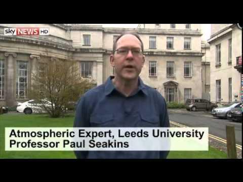 Smog Shrouds Cities As Desert Sand Blasts UK