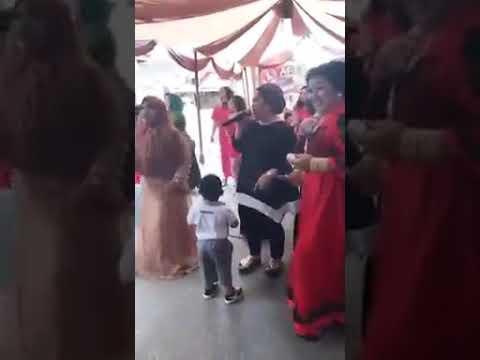 Heboh elekton ibu ibu hajja menyanyi lagu bugis beppa beppa dan bergoyang