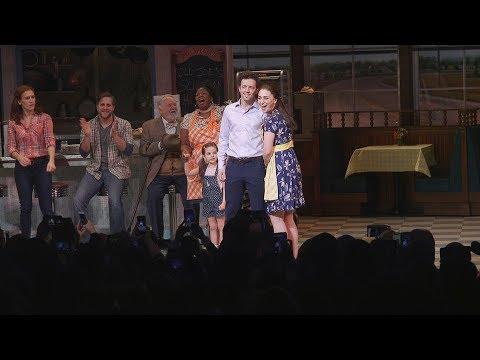 "Sara Bareilles and Jason Mraz Sing ""Bad Idea"" as They Unite on Broadway"