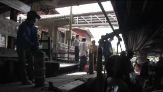 Klong boat in BKK - CNNGo