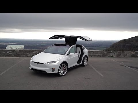 Tesla Model X: la SUV eléctrica del futuro