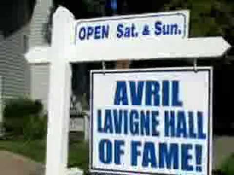 Avril Lavigne - My World (LYRICS + FULL SONG)