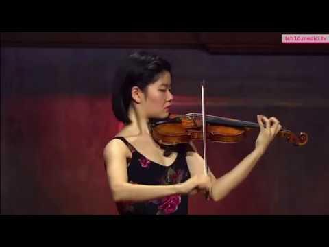 Mayumi Kanagawa 金川真弓 Bach Partita No.2 for Solo Violin Chaconne