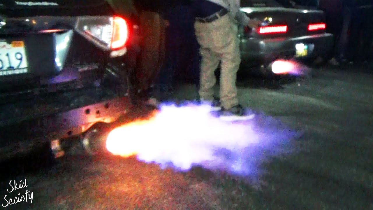 2 Step Battle at a Car Meet in California! Loud Exhausts!