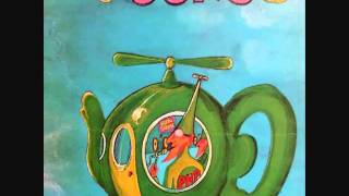 02  Flying teapot 1 2