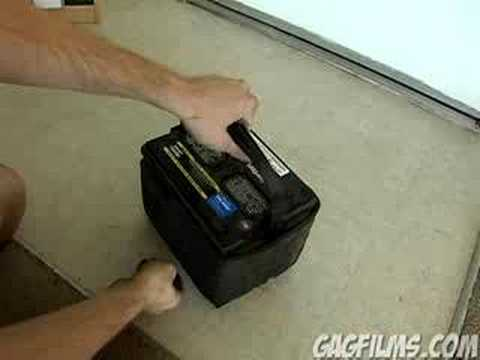 How to open a car battery