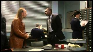 Black Books Season 1 Epizode 4 - The Blackout
