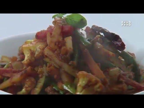 Sanjeev Kapoor Kitchen   Vegetable Jhalfraezi Recipe   Master Chef Sanjeev Kapoor