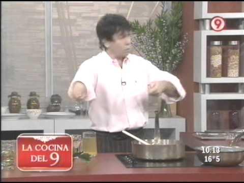 Chorizos a la pomarola con polenta verde 2 de 4 ariel for Cocina 9 ariel rodriguez palacios facebook