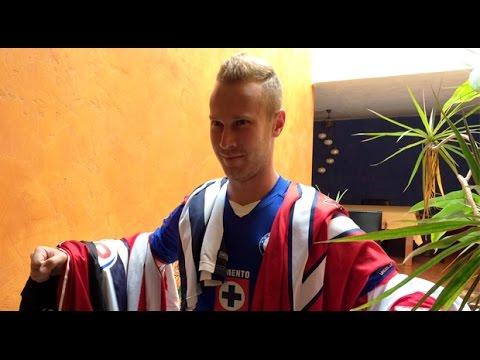 Alemao va por la playera del América para su colección - YouTube 8b61afb3e0383