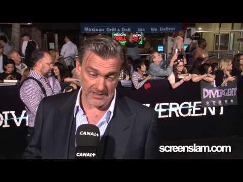 Divergent: Ray Stevenson Exclusive Premiere Interview