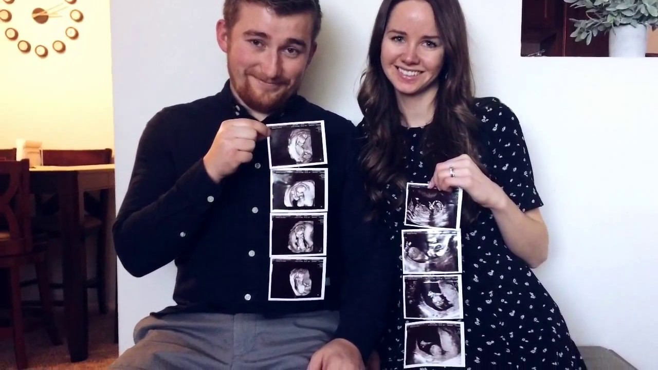 PREGNANCY ANNOUNCEMENT to family and friends - YouTube