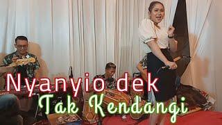 Download lagu ANGGUN PRAMUDITA DAN ADER NEGRO TERBARU BIKIN BAPER