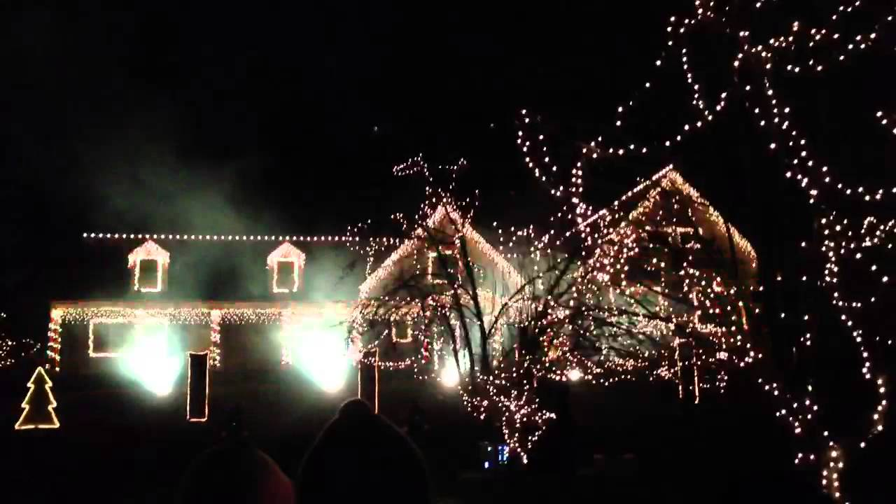 crazy christmas light show wall nj 2012 amazing music performance and light controller youtube - Christmas Light Show Nj