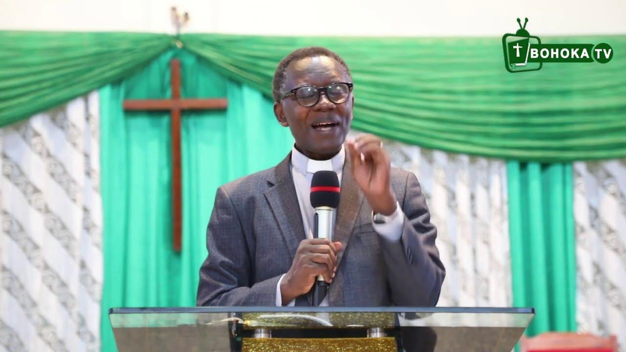 Download Rev. Dr. Antoine RUTAYISIRE/IBINTU 7 BIZANA IGIKUNDIRO CY'IMANA. ukeneye  kuba mu batoni b'Imana