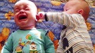 فيديو فكاهي كوميدي للرضع تواءم يتعاركون - تحدى الضحك 2019😂❤️