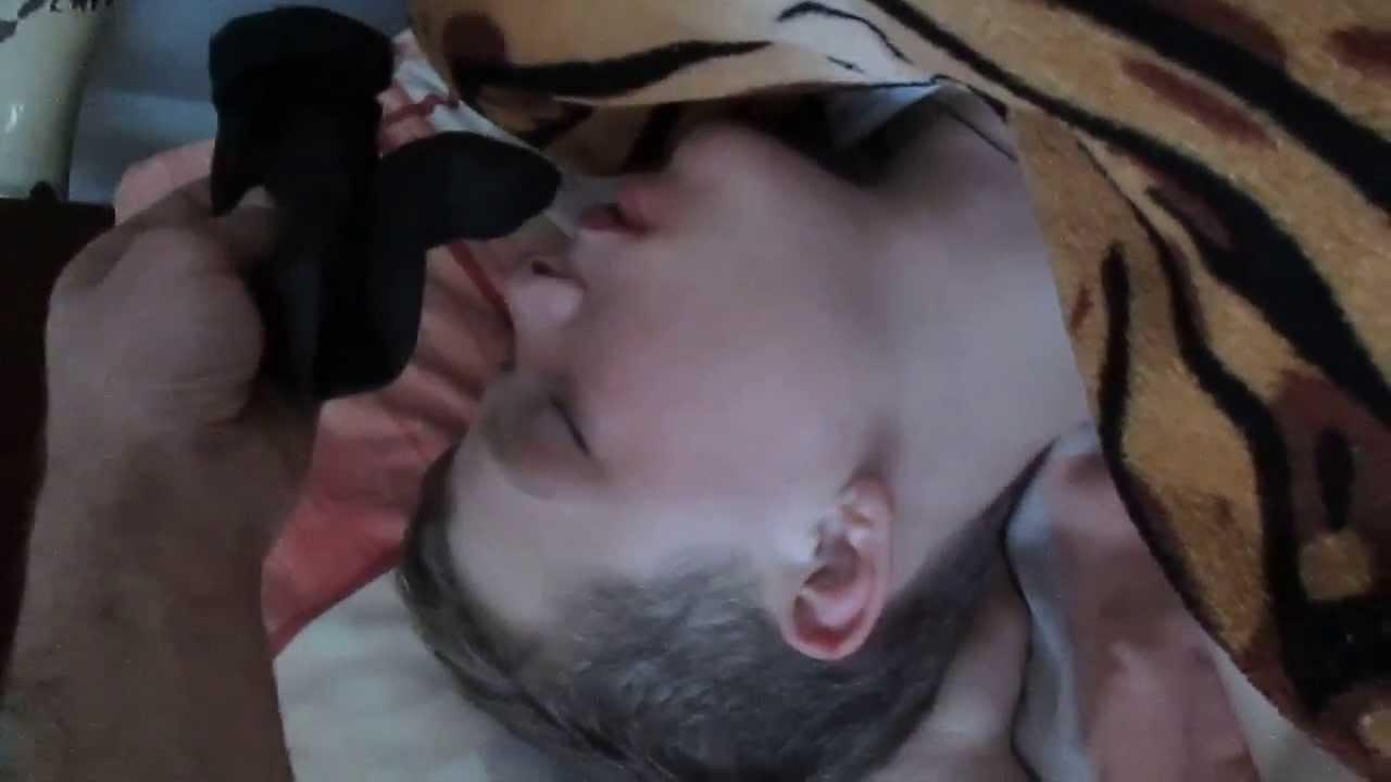 Видео про то как нюхают вонючие ноги фото 307-965