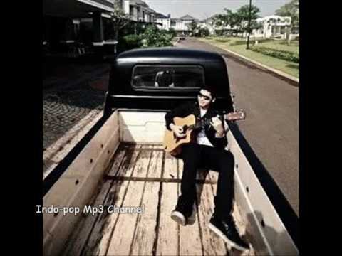 Petra sihombing - Dihatiku Mp3 (Indonesian song)