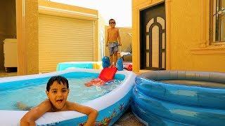 زياد والياس حطو الزحليقه بالمسبح !
