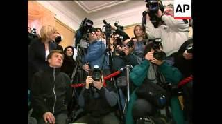 WRAP Yushchenko, Yanukovych, Kuchma vote, observer comment