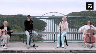 Christines radiofestival: Victor Leksell & Astrid S - «Svag»