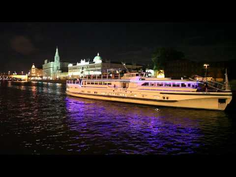 Moscow likes Yanni - Truth Of Touch