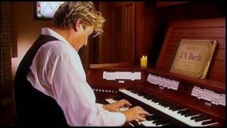 BACH: TOCCATA AND FUGUE IN D MINOR (BWV 565) - XAVER VARNUS (ORGAN)