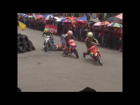 Roadrace motor nyangkut dan terseret at roadrace ponorogo